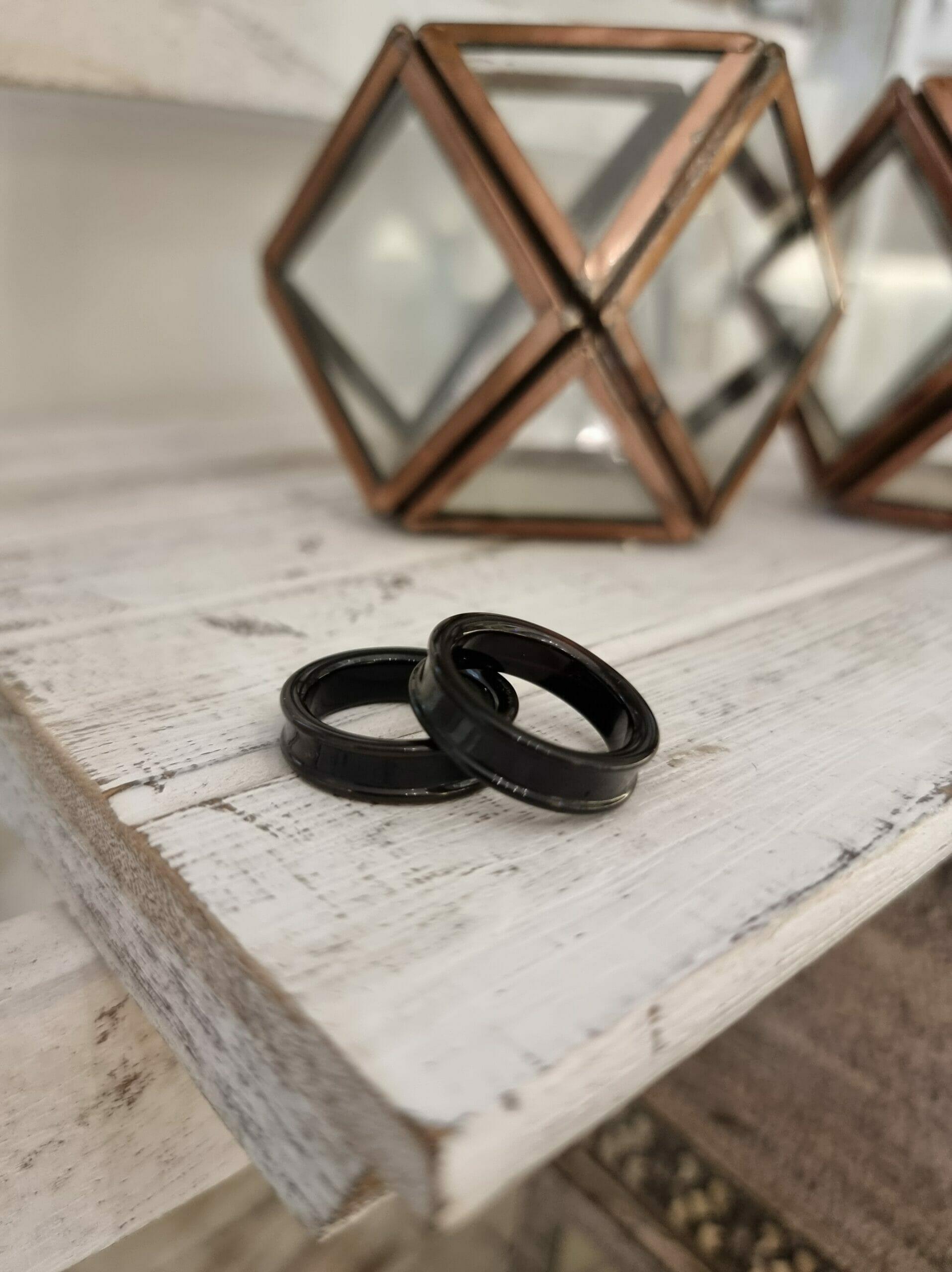 Banded Onyx Ring – Raised Edges